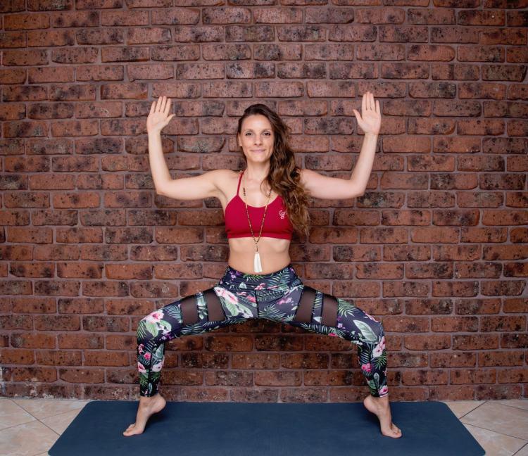 eleonora posizione di yoga